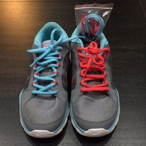 Nike training tennis shoes 👟